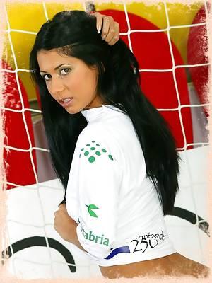 Exotic Footballing Babe