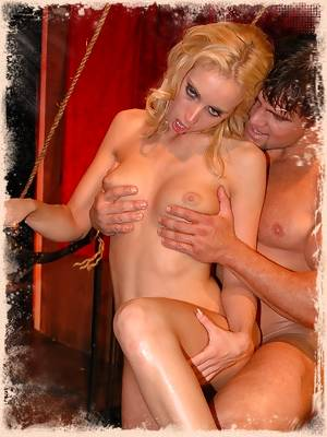 Kelly Wells fucked and pussy licked in sex swing